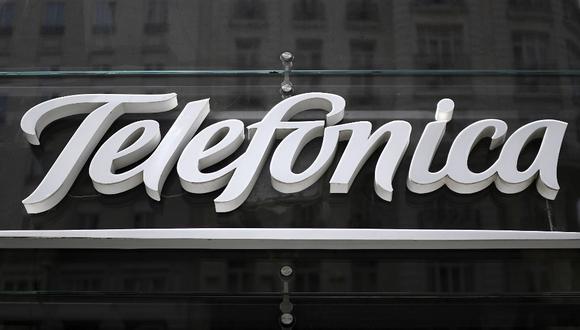 Telefónica asegura que la operación le permitirá reducir en US$ 5.600 millones su abultada deuda, que en septiembre rozaba los US$ 44.800 millones. (GABRIEL BOUYS / AFP)