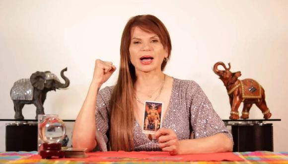 Mhoni Vidente, la tarorista más famosas de México ha lanzado las cartas para los signos del zodiaco (Foto: YouTube)
