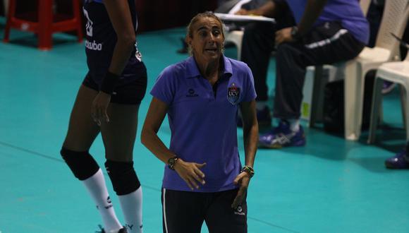 Natalia Málaga fue presentada el 13 de junio de 2012 como entrenadora de la César Vallejo. Luego de cinco años deja la conducción del club poeta (Foto: USI)