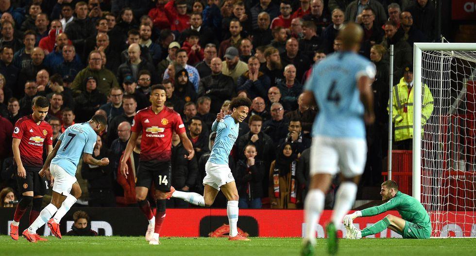 Manchester United vs. Manchester City: Sané anotó el 2-0 tras floja reacción de David de Gea. (Foto: AFP)