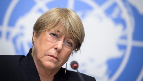 La Alta Comisionada de Derechos Humanos de la ONU, Michelle Bachelet, durante una conferencia de prensa un año después de que asumió el cargo en las Oficinas de las Naciones Unidas en Ginebra. (Foto: AFP / FABRICE COFFRINI).