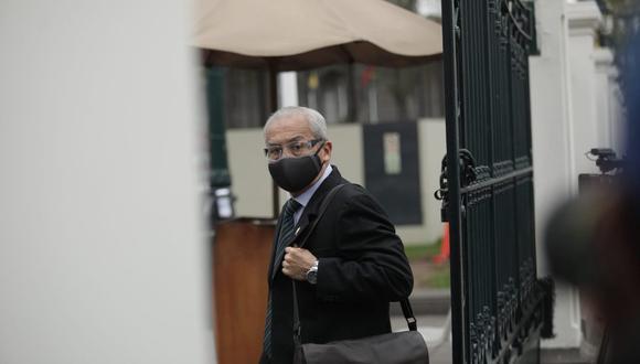 El suspendido fiscal supremo Pedro Chávarry, acudió al Congreso de la República para presentarse ante la subcomisión de acusaciones constitucionales. (Foto: Antonhy Niño de Guzmán)