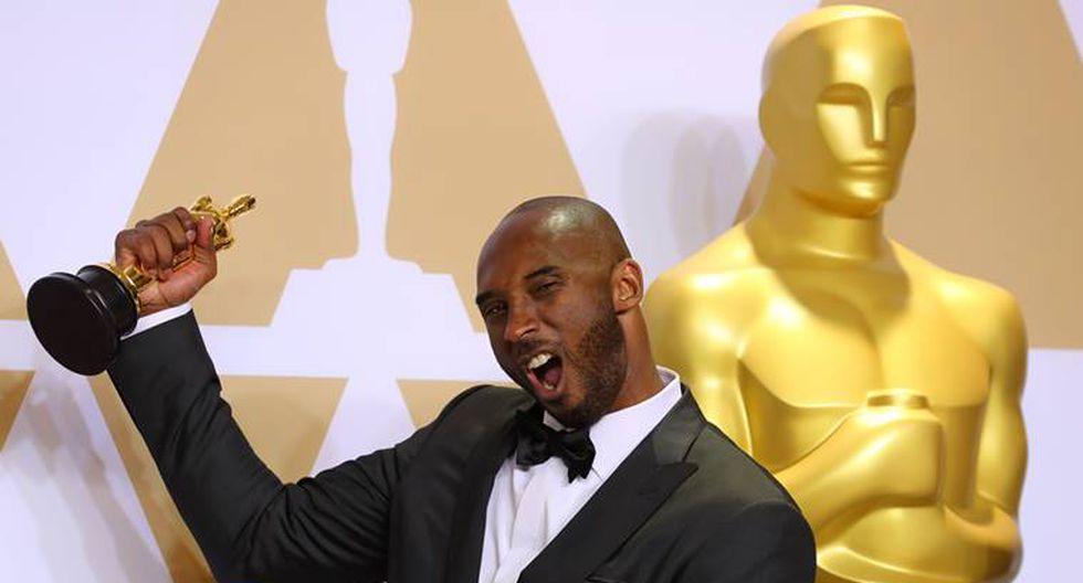"""Kobe Bryant y el Óscar por""""Dear Basketball"""", al mejor cortometraje de animación en 2018. REUTERS/Mike Blake"""