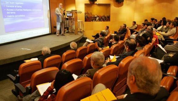 """PUCP ofrece seminario sobre """"Antropología de Medios digitales"""""""