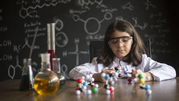 ¿Cómo llevar la educación en ciencia y tecnología cuando hablamos de la educación a distancia?