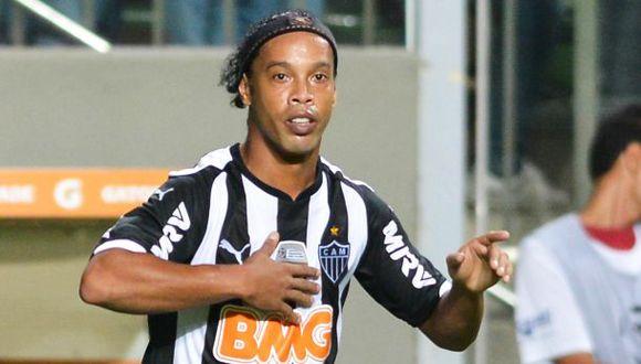 Ronaldinho confirma su adiós a los hinchas del Atlético Mineiro