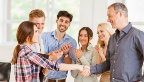Un líder debe ser capaz de acompañar y potenciar el trabajo de sus colaboradores.