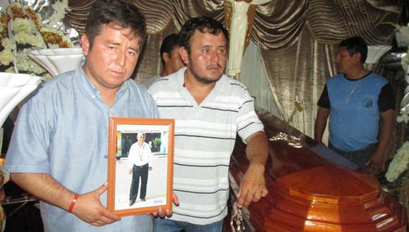 Hijo de alcalde asesinado exige investigación de móvil político