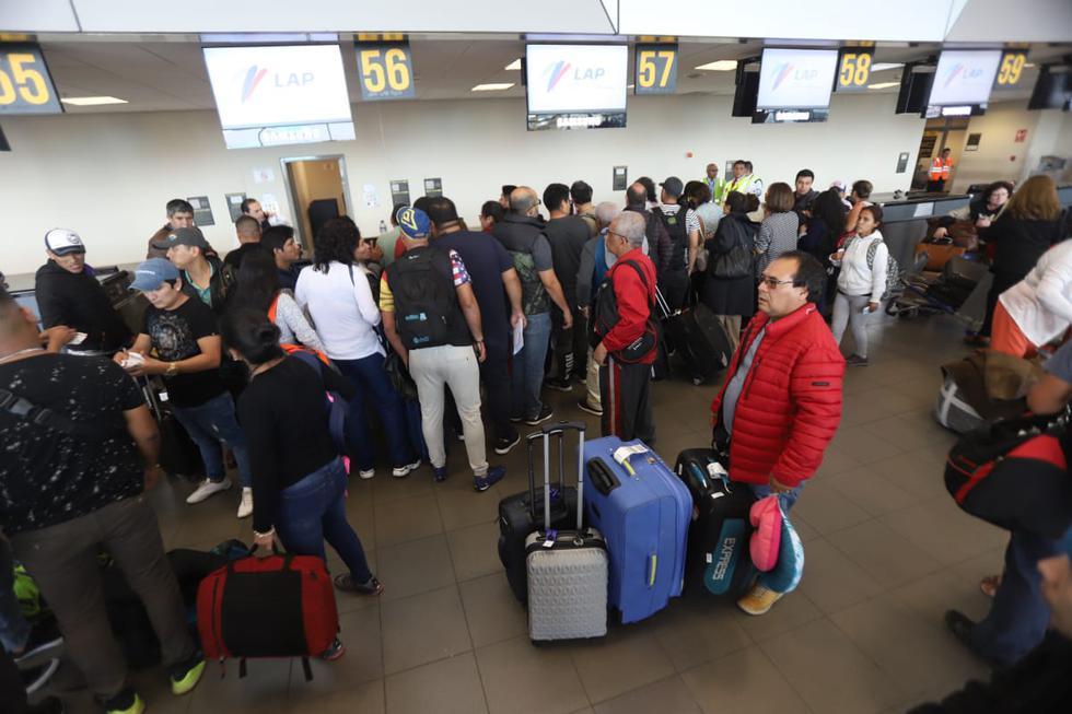 La empresa Peruvian Airlines anunció el viernes la suspensión de todos sus vuelos saliendo de Lima hasta nuevo aviso a causa de un embargo realizado por Aduanas. (Foto: GEC)