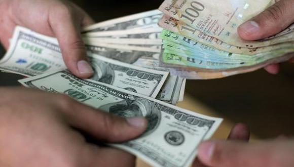 El precio del dólar en Venezuela operaba al alza este lunes 28 de septiembre. (Foto: AFP)