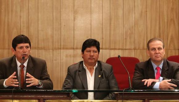 Crisis en gestión de Oviedo por renuncias de Tejada y Masías