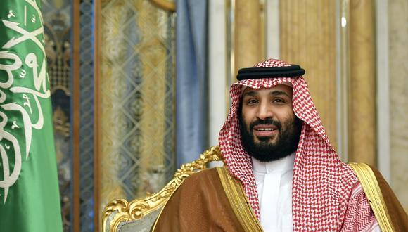 """Mohammed bin Salman advirtió que los precios del petróleo podrían alcanzar """"números inimaginablemente altos"""" si el mundo no se une para disuadir a Irán. (AP)"""