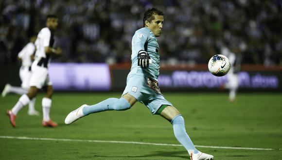 Leao Butrón se convirtió en el portero más longevo en jugar la Copa Libertadores. (Foto: Joel Alonzo / GEC)