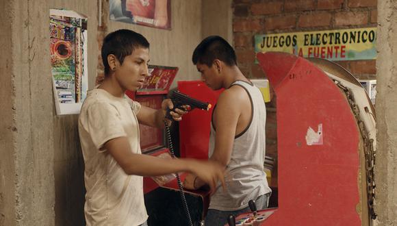 El joven Gonzalo Vargas (izquierda) es uno de los protagonistas del filme, donde encarna a un delincuente juvenil. Forero vuelve a utilizar actores no profesionales en la cinta (Foto: Difusión)