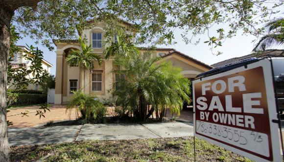 Los préstamos a diestra y siniestra generaron una burbuja inmobiliaria que derrumbó el sistema financiero estadounidense hace diez años. (Foto: AP)