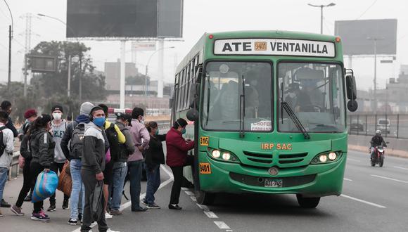 El sistema de transporte público es usado por casi el 60% de la población de Lima Metropolitana. Cada día se efectúan casi 20 millones de viajes (Foto: Ángela Ponce)