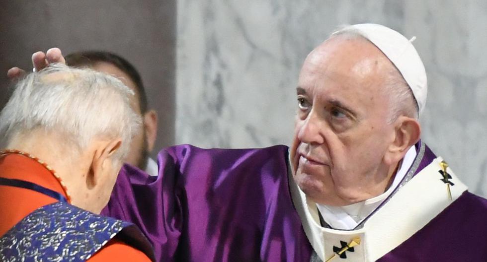 El papa Francisco dio negativo a una prueba de coronavirus hecha hace unos días. (AFP)
