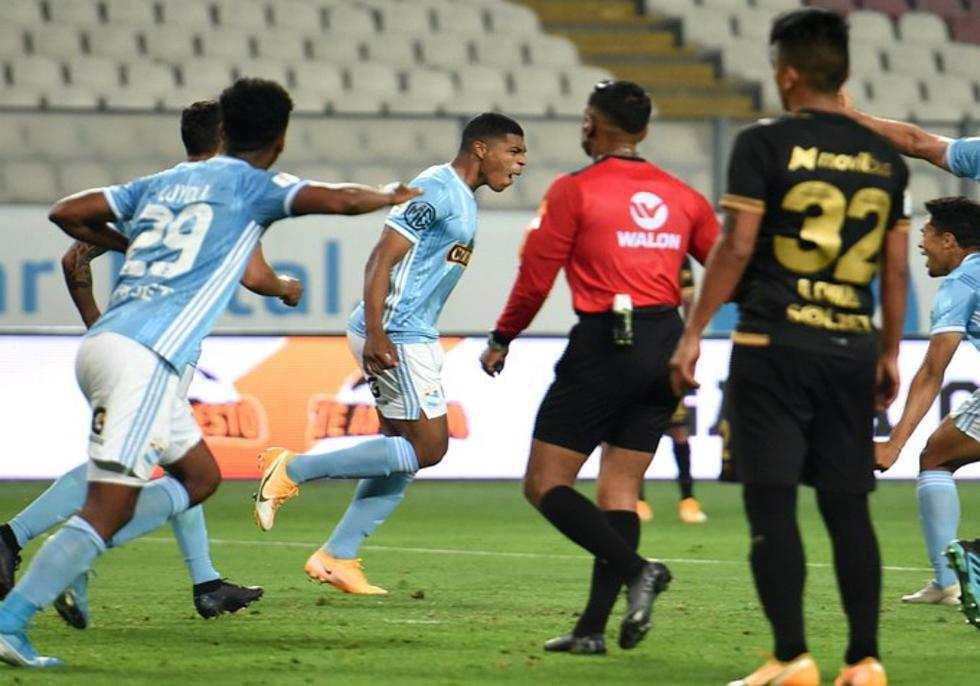 Percy Liza grita su gol ante Universitario   Foto: Liga 1