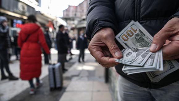 Dólar en Perú. (Foto: AFP)