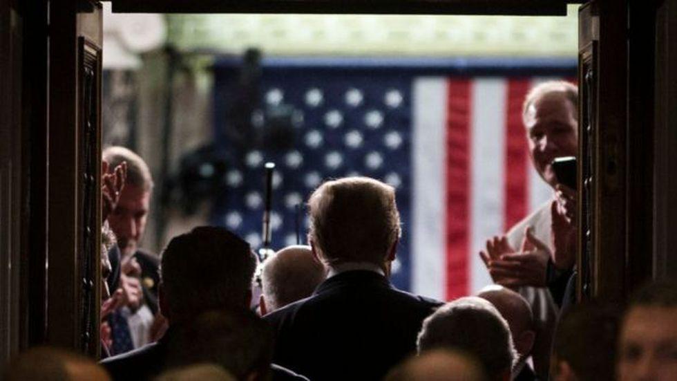 """El presidente se salió del tono conciliador cuando tachó de """"ridículas"""" y """"partidistas"""" investigaciones que, en principio, serían las que se hacen en su contra."""