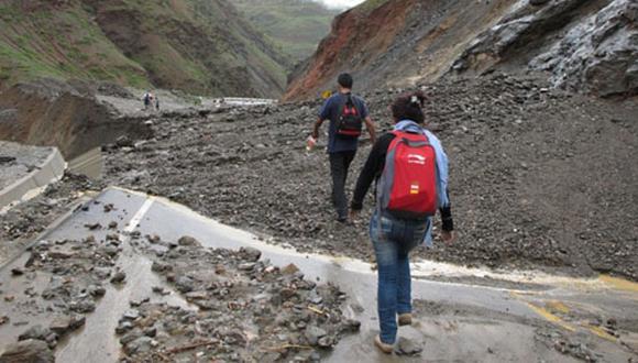 Guía práctica para aprender desastres, por Jota Daniels