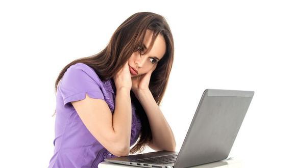 Teletrabaja sin dañar tu espalda y cervical. (Foto: Pixabay)
