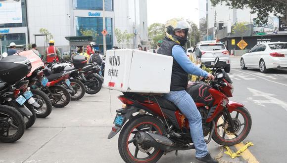 Los motorizados deberán contar con guantes, mascarilla y alcohol gel. (Foto: GEC)