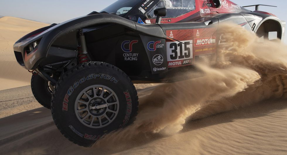 El piloto francés Mathieu Serradori en acción durante la octava etapa del Rally Dakar 2020. EFE/EPA/ANDRE PAIN