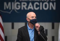EE.UU. confirma a activista de raíces mexicanas al frente de agencia migratoria
