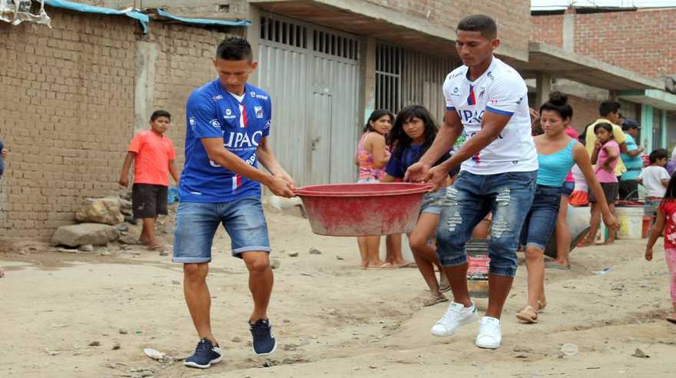 El deporte peruano se unió para ayudar a víctimas del huaico  - 1