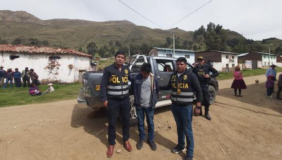 El sujeto fue intervenido en el hospedaje Sarita, en el distrito de Manta. (Foto: Mininter)