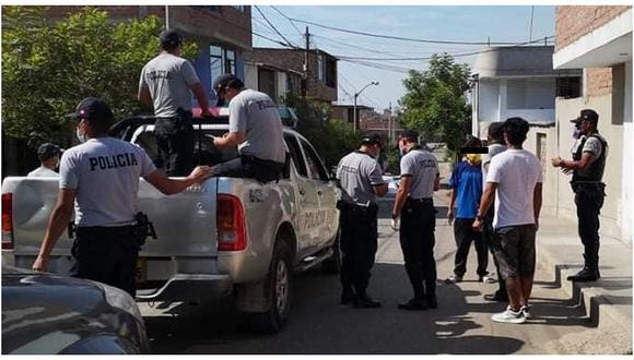 Los policías, en la mayoría de los casos, se han contagiado de COVID-19 durante sus labores de patrullaje para hacer cumplir la cuarentena. (GEC)