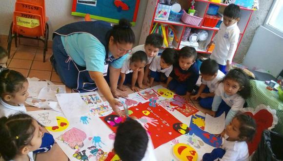 La labor de las educadoras en México es de suma importancia. (Foto: maestrospormexico.com)