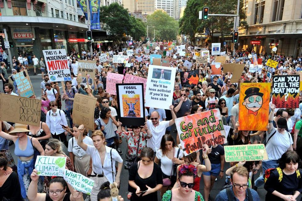 Miles tomaron las calles de varias ciudades de Australia para exigir la dimisión del primer ministro, Scott Morrison, pues consideran que no tuvo una respuesta acertada ante los incendios forestales. (AFP)