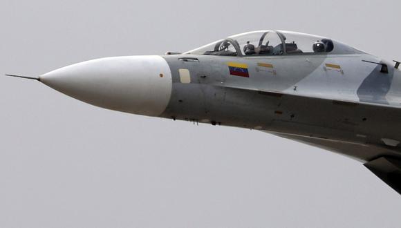 """""""En 11 segundos un Sukhoi está en Bogotá"""", dijo el dirigente chavista Pedro Carreño. Agregó que Venezuela tiene las coordenadas de los lugares estratégicos de Colombia. (AFP)."""