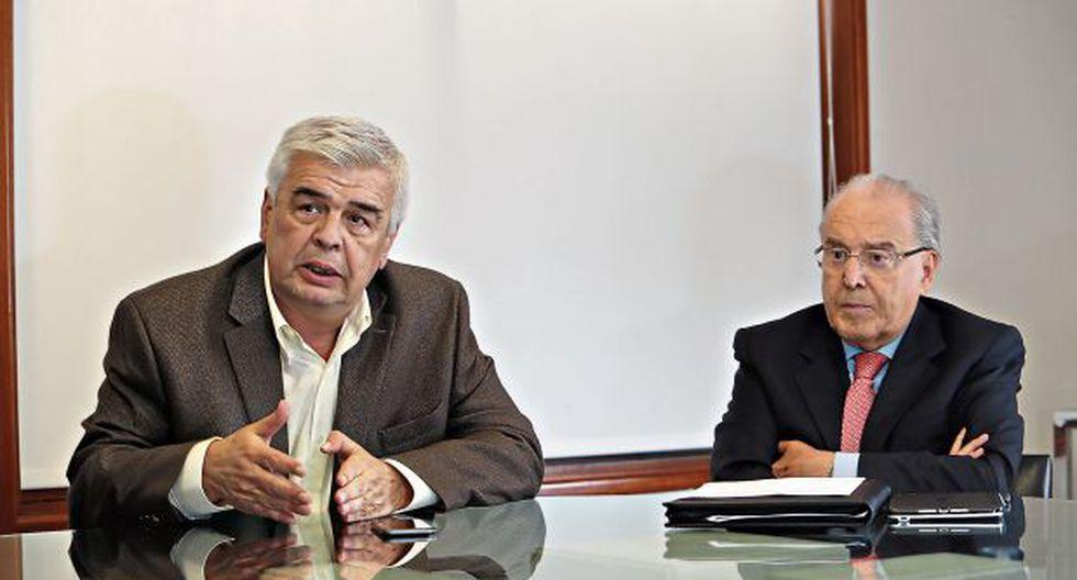 Julio Luque y Óscar Espinosa comentaron que han tenido conversaciones con la Contraloría General de la República para colaborar mutuamente en la lucha contra la corrupción. (Foto: Rolly Reyna)