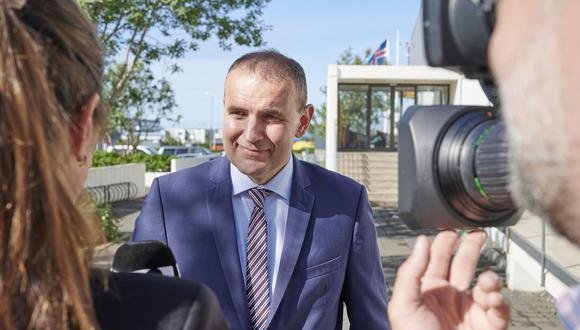 """Es el segundo resultado más alto en unas elecciones  presidenciales en Islandia. """"El resultado de esta elección es la prueba de que mis conciudadanos han aprobado mi concepción del cargo"""", dijo Guðni Th. Jóhannesson (Foto: Halldor KOLBEINS / AFP)."""