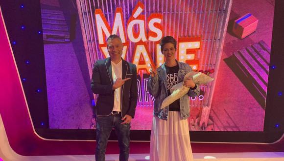 Anahí de Cárdenas fue la madrina del nuevo programa de Mathías Brivio. (Foto: Latina Televisión)