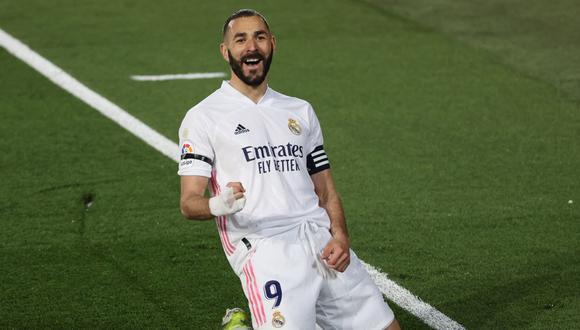 Karim Benzema tiene contrato con Real Madrid hasta junio del 2022. (Foto: EFE)