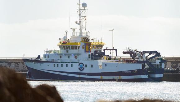 El buque oceanográfico Ángeles Alvariño continúa la búsqueda de la pequeña Anna y de su padre Tomás Gimeno, tras encontrar en la tarde del jueves el cadáver de su hermana Olivia de 6 años a 1.000 metros de profundidad. (EFE/Ramón de la Rocha).