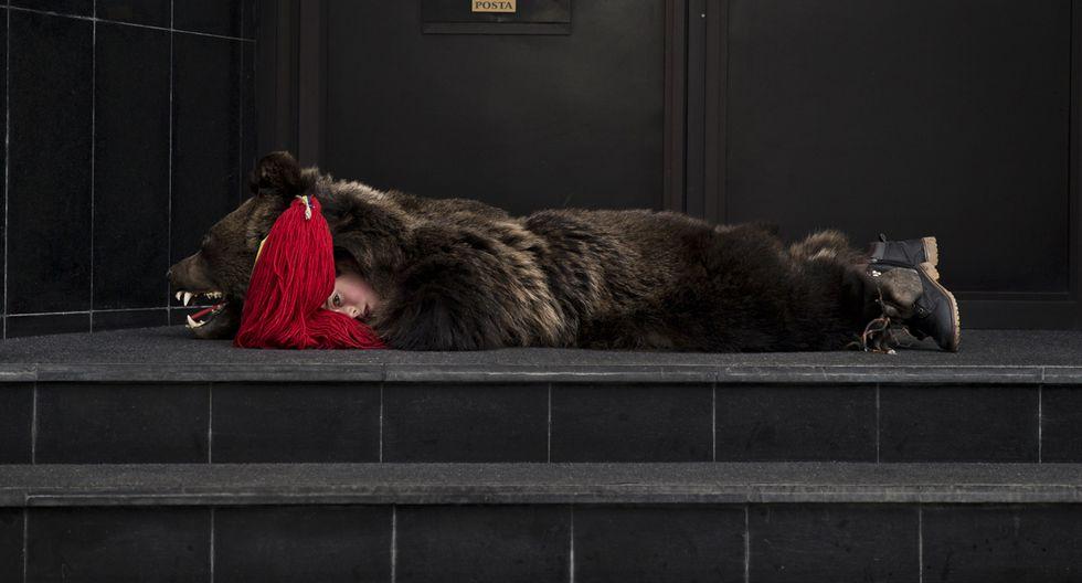 Rumania y su tradicional paseo de osos por Navidad - 11