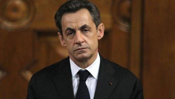 Sarkozy habría sido 'chuponeado' por jueces que lo investigan