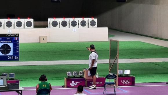 Marko Carrillo competencia de tiro en la modalidad pistola en Tokio 2020.
