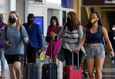 Canadá relaja las restricciones de viaje pero mantiene la frontera cerrada