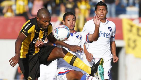 Peñarol de Hurtado goleó 5-0 al Nacional de Cruzado en clásico