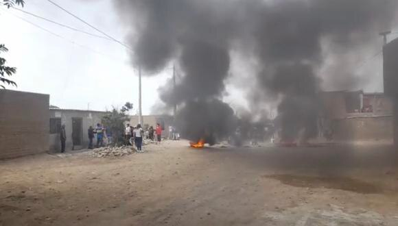 Se sabe que son un total de 80 familias que invadieron este terrero perteneciente al Estado desde el mes de noviembre; sin embargo, un fallo judicial dispuso su desalojo inmediato. Foto: captura de pantalla