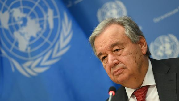 """El jefe de la ONU mencionó que las redes sociales """"deben hacer más para acabar con el odio y los dichos dañinos sobre la COVID-19"""". (Foto: AFP)"""