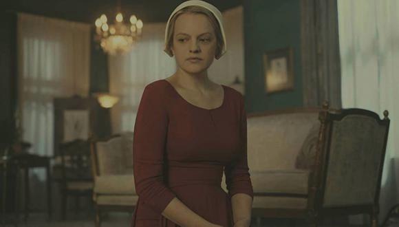 """""""El cuento de la criada"""" es una serie de televisión distópica estadounidense creada por Miller, basada en la novela de 1985 """"El cuento de la criada"""" de Margaret Atwood. (Foto: Hulu)"""