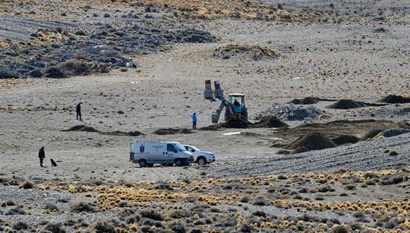 Buscan dinero negro enterrado por empresario en un campo de la Patagonia. | Foto: Twitter / @panchorgl