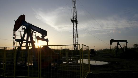 Según Goldman Sachs, la demanda mundial por crudo para fines de marzo podría caer entre 8 y 9 millones de barriles por día. (Foto: Reuters)